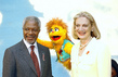 Secretary-General Meets New HIV Positive Muppet for South African Television 2.6299329