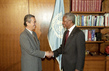 Secretary-General Greets Foreign Minister of Malaysia 2.5007625