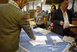 Iraqis Go to Polls 7.890639