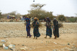 With Famine Crisis Thousands of Somalis Flee to Ethiopia Refugee Camps 4.176629