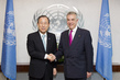 Secretary-General Meets Permanent Representative of Greece 2.8578713