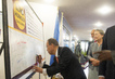 Secretary-General Visits WFP Headquarters, Signs Zero Hunger Challenge Declaration 1.4220988