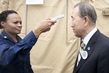 Secretary-General Visits Ebola Treatment Facility in Liberia 2.29104