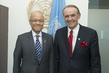 Deputy Secretary-General Meets New Permanent Representative of Thailand 1.3350115