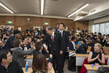 Secretary-General Meets Students at Youth Forum in Tohoku University 3.754017