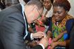 Secretary-General Visits Health Centre in Nigeria 3.749701