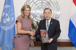 Secretary-General Meets Queen of Netherlands 2.8530507