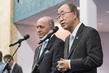 Secretary-General and COP21 President Brief Press 5.5358253
