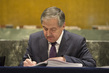 Foreign Minister of Tajikistan Signs Paris Agreement on Climate Change 4.343952