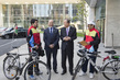 Secretary-General Meets Afghan Cyclists 2.8329065