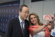 Secretary-General Takes Selfie at World Humanitarian Summit 0.3083699