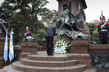 Secretary-General Lays Wreath at Monument to General San Martín, Buenos Aires 4.0655575