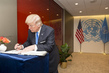 Secretary-General Meets United States President 2.8356247
