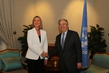 Secretary-General Visits Kuwait 3.733886