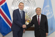 Secretary-General Meets President of Iceland 2.847443