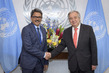 Secretary-General Meets Foreign Minister of Bangladesh 2.8560474
