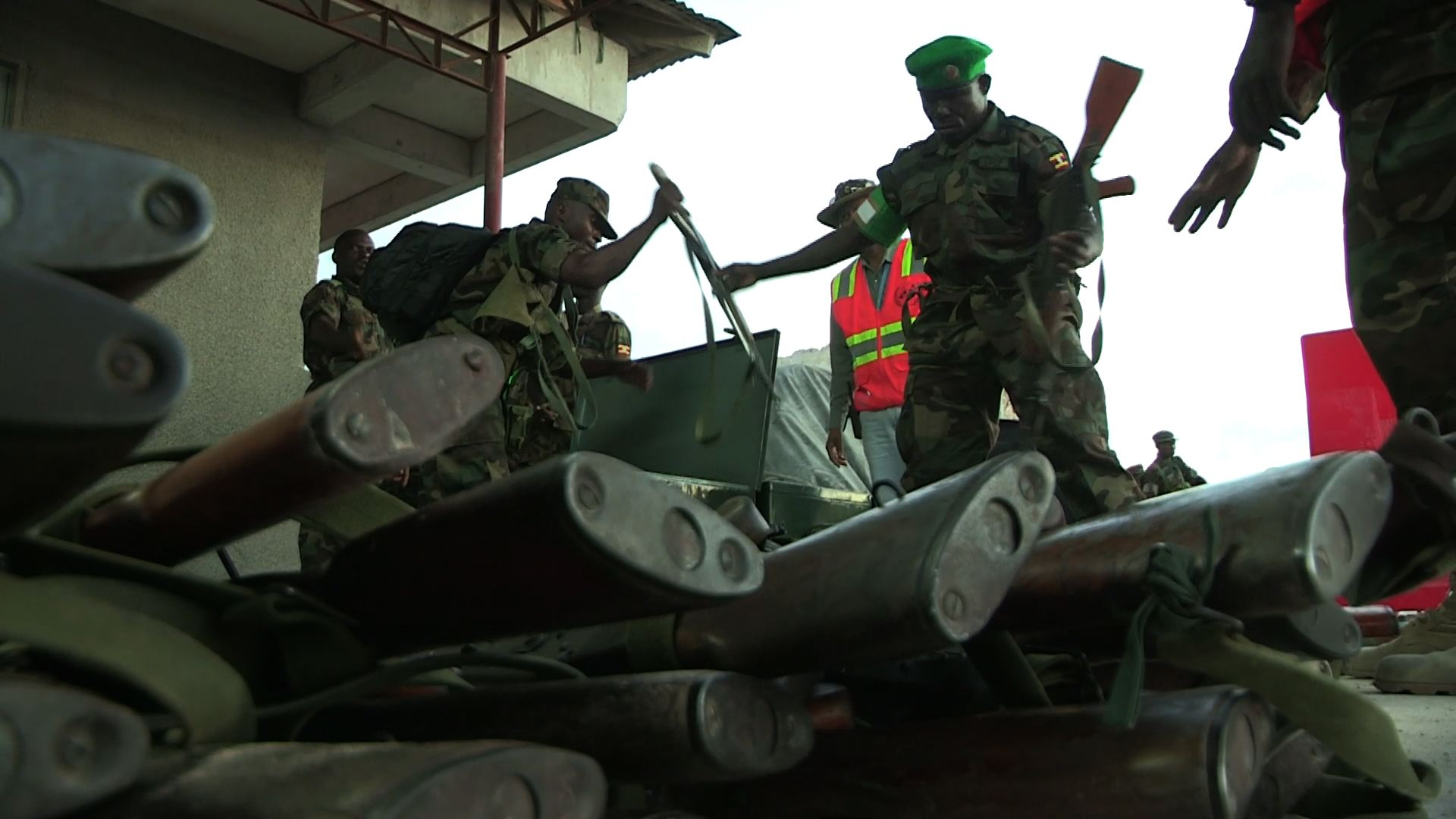 Selected frame from video story SOMALIA / UGANDAN TROOPS