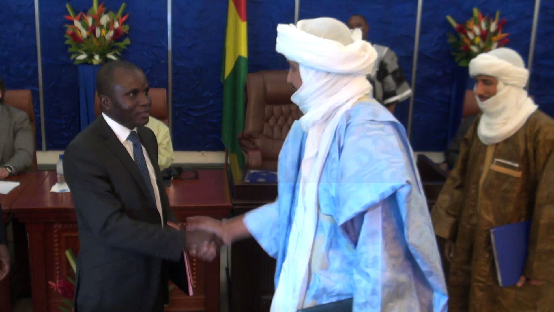 Selected frame from video story MALI / PEACE ACCORD