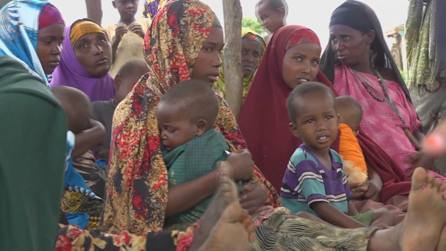 Selected frame from video story SOMALIA / EMERGENCY AIRLIFT