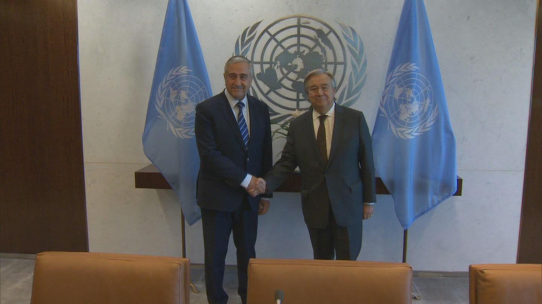 UN / TURKISH CYPRIOT LEADER WRAP