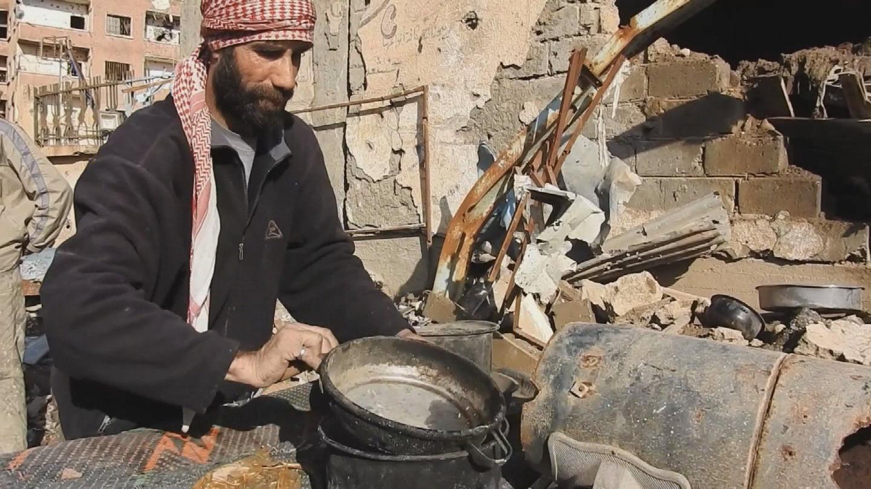SYRIA / DEIR EZZOR FOOD AID