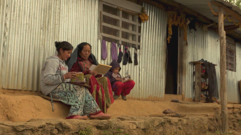 NEPAL  MIGRANTS