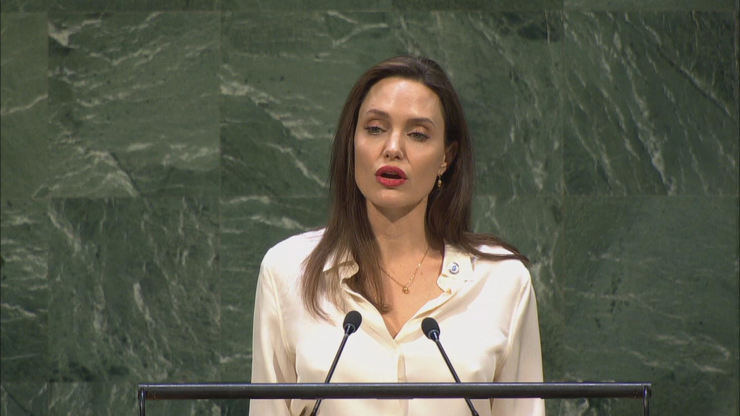 UN  ANGELINA JOLIE PEACEKEEPING