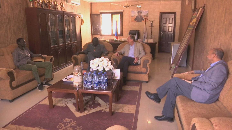 SOUTH SUDAN  SHEARER BAHR EL GHAZAL