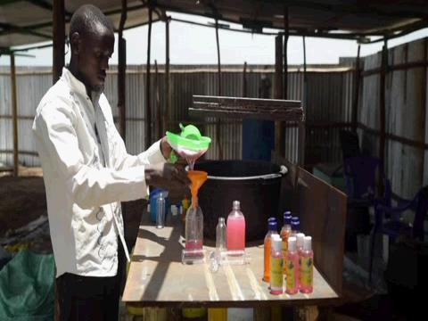 KENYA  REFUGEE SOAP PRODUCER